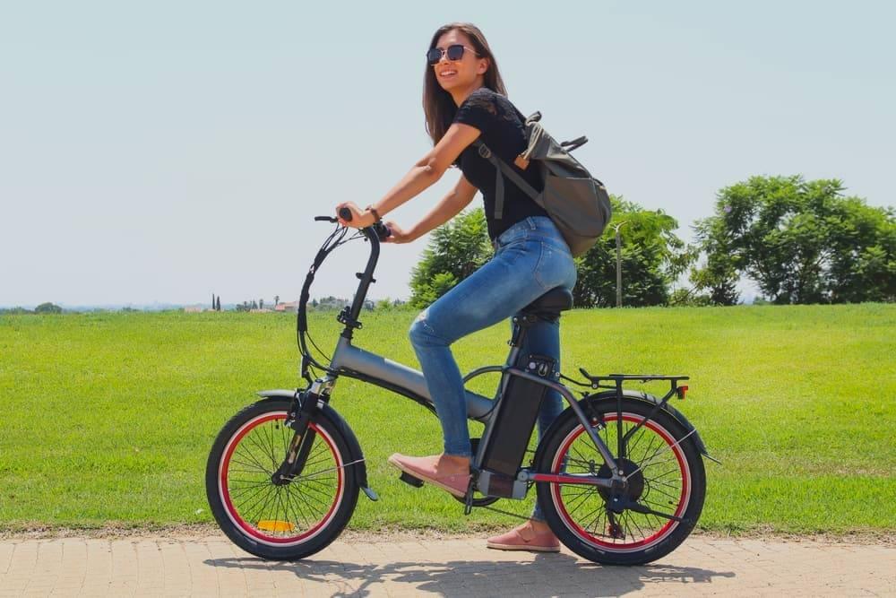Caja para Bicicletas de alta calidad con ruedas incorporadas